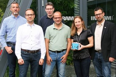 (f.l.t.r.): Patrik Hottel (Ingram Micro), Wolfgang Wanner (INSYS icom), Christoph Schieb, Sascha Bulgakow (both Ingram Micro), Sandra Schenk-Bedraoui and Sven Rothenpieler (both INSYS icom).